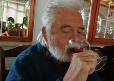 Virágszirmos vörösbor! Egészségükre!!!